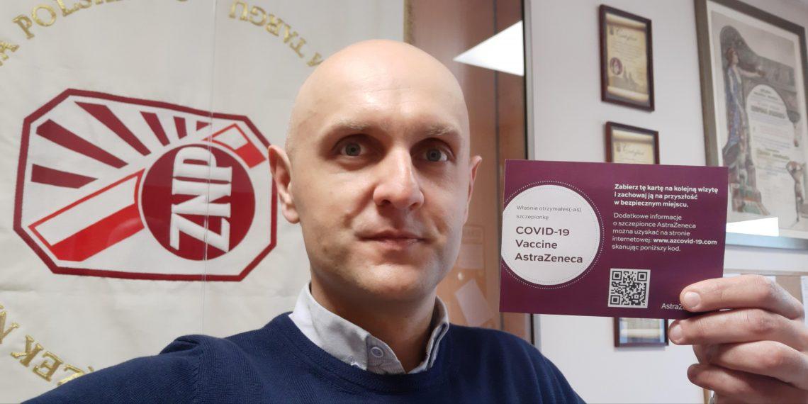 ETUCE o szczepieniach polskich nauczycieli